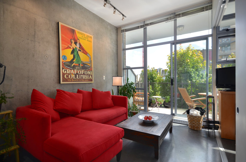 Main Photo: 307 2635 Prince Edward in Soma Lofts: Main Home for sale ()  : MLS® # V900731