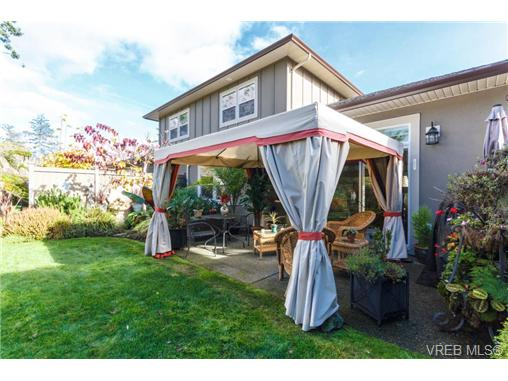 Photo 17: 35 551 Bezanton Way in VICTORIA: Co Latoria Townhouse for sale (Colwood)  : MLS(r) # 344133