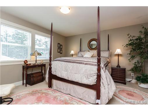 Photo 14: 35 551 Bezanton Way in VICTORIA: Co Latoria Townhouse for sale (Colwood)  : MLS(r) # 344133