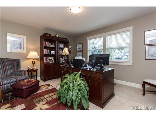 Photo 16: 35 551 Bezanton Way in VICTORIA: Co Latoria Townhouse for sale (Colwood)  : MLS(r) # 344133