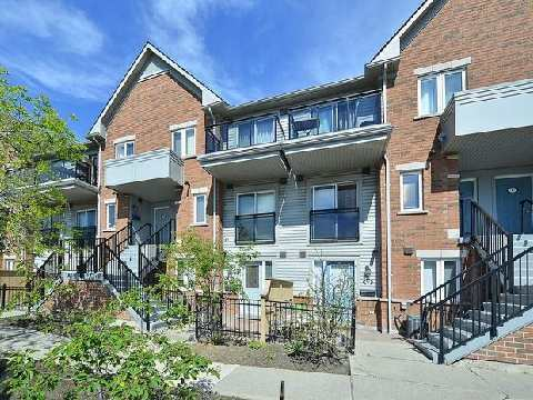 Main Photo: 14 4620 Guildwood Way in Mississauga: Hurontario Condo for sale : MLS® # W3081760
