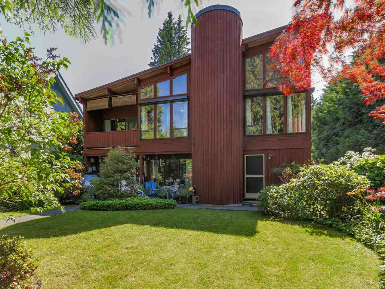 "Main Photo: 6369 DUNBAR Street in Vancouver: Southlands House for sale in ""SOUTHLANDS"" (Vancouver West)  : MLS® # R2077708"