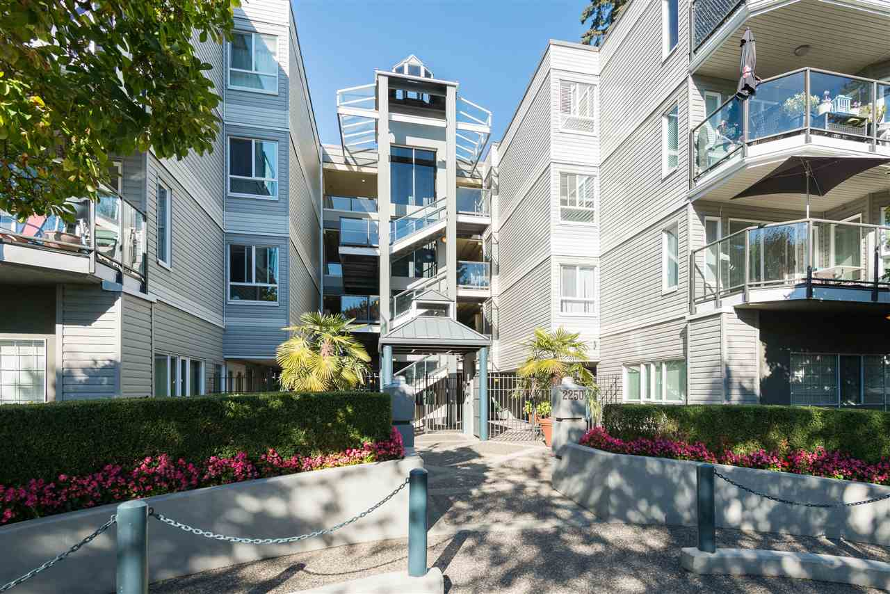 "Photo 1: 313 2250 SE MARINE Drive in Vancouver: Fraserview VE Condo for sale in ""WATERSIDE"" (Vancouver East)  : MLS® # R2111265"