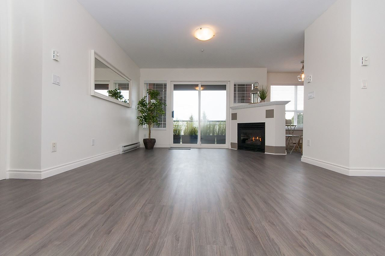 "Main Photo: 310 20239 MICHAUD Crescent in Langley: Langley City Condo for sale in ""CITY GRANDE"" : MLS® # R2148437"