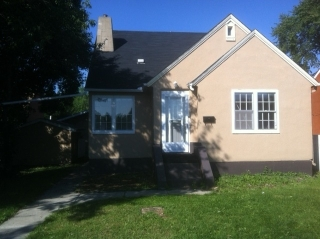 Main Photo: 11640 82 Street in Edmonton: Zone 05 House for sale : MLS(r) # E4057766