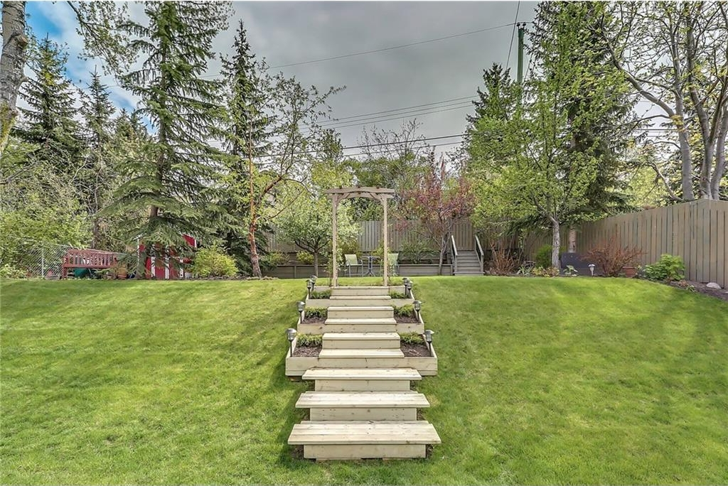 Photo 43: 331 45 Avenue SW in Calgary: Elboya House for sale : MLS® # C4107686