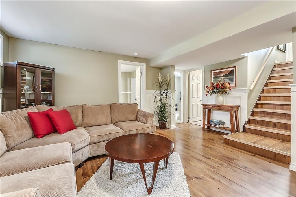 Photo 28: 331 45 Avenue SW in Calgary: Elboya House for sale : MLS® # C4107686