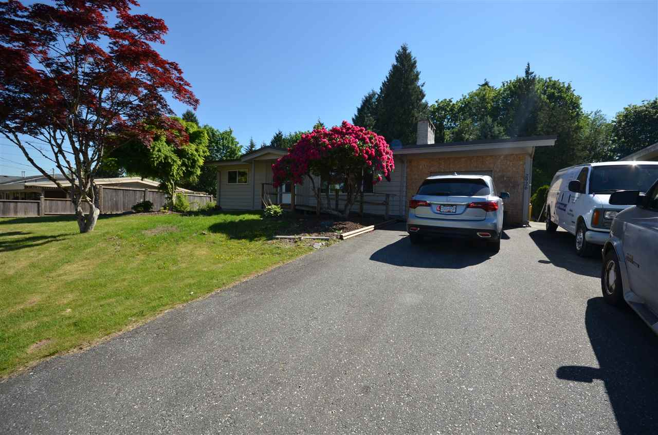 Photo 2: 2926 BABICH Street in Abbotsford: Central Abbotsford House for sale : MLS(r) # R2169627