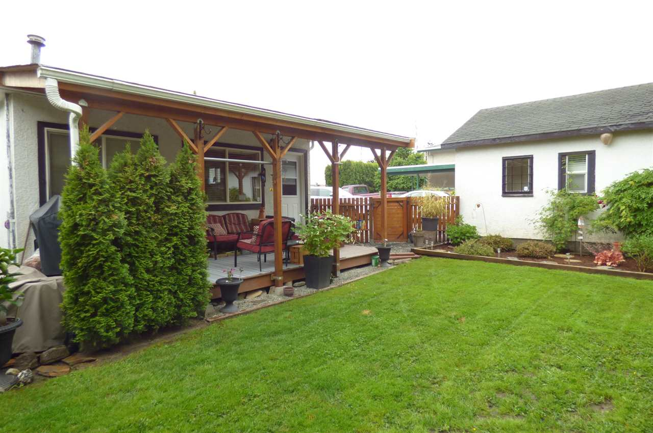 Photo 5: Photos: 9036 BROADWAY STREET in Chilliwack: Chilliwack E Young-Yale House for sale : MLS® # R2173908