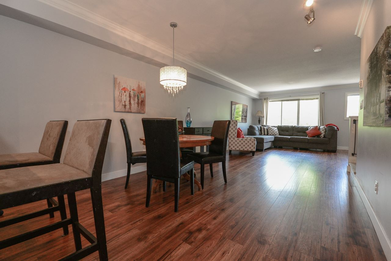 "Photo 6: 2 15155 62A Avenue in Surrey: Sullivan Station Townhouse for sale in ""OAKLANDS"" : MLS(r) # R2178788"