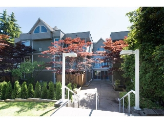 "Main Photo: 308 518 THIRTEENTH Street in New Westminster: Uptown NW Condo for sale in ""COVENTRY COURT"" : MLS®# R2189269"
