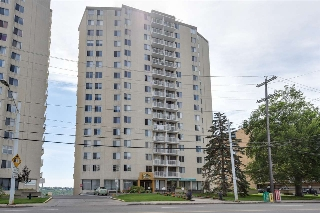 Main Photo:  in Edmonton: Zone 12 Condo for sale : MLS® # E4076511