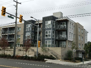 "Main Photo: 307 4815 55B Street in Delta: Hawthorne Condo for sale in ""THE POINTE"" (Ladner)  : MLS® # R2203810"