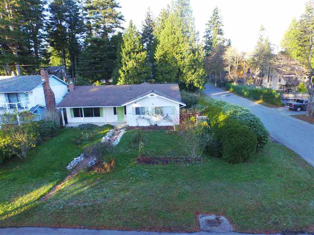 Main Photo: 13093 14 AVENUE in South Surrey White Rock: Home for sale : MLS® # R2016690