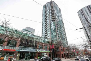 "Main Photo: 2102 888 HAMILTON Street in Vancouver: Downtown VW Condo for sale in ""ROSEDALE GARDENS"" (Vancouver West)  : MLS® # R2227198"
