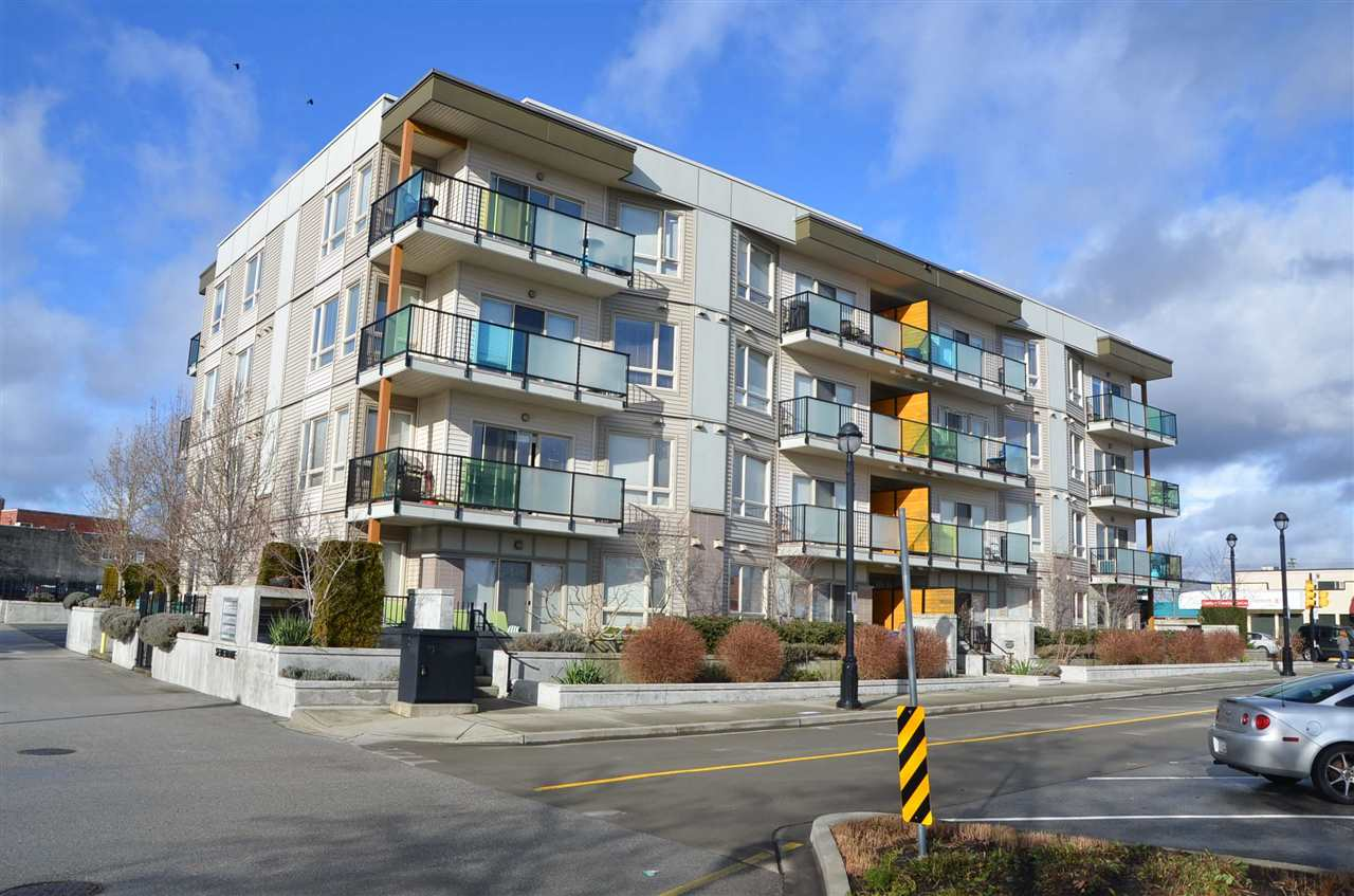 "Main Photo: 315 20460 DOUGLAS Crescent in Langley: Langley City Condo for sale in ""SERENADE"" : MLS®# R2236804"