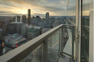 "Main Photo: 3305 833 SEYMOUR Street in Vancouver: Downtown VW Condo for sale in ""CAPITOL RESIDENCES"" (Vancouver West)  : MLS®# R2252396"