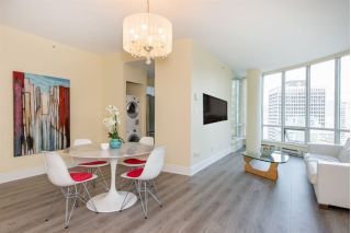"Main Photo: 2701 1166 MELVILLE Street in Vancouver: Coal Harbour Condo for sale in ""ORCA PLACE"" (Vancouver West)  : MLS®# R2259995"