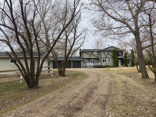 FEATURED LISTING: 64 SHULTZ Drive Rural Sturgeon County