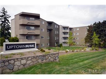 Main Photo: 309 3800 Quadra Street in VICTORIA: SE Quadra Condo Apartment for sale (Saanich East)  : MLS®# 296321