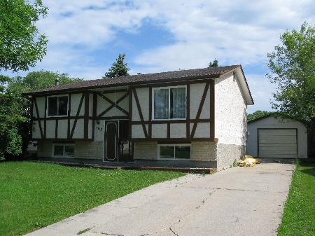 Main Photo: 103 RAVENHILL RD in WINNIPEG: Residential for sale (Valley Gardens)  : MLS®# 2912776