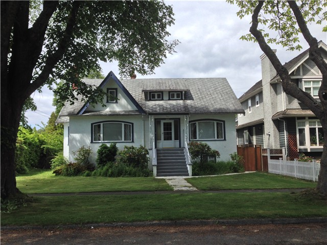 Main Photo: 4693 W 9TH Avenue in Vancouver: Point Grey House for sale (Vancouver West)  : MLS(r) # V1070935