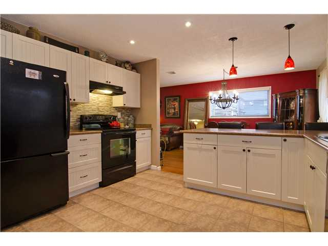 Photo 7: 2166 MOUNTAIN Highway in North Vancouver: Westlynn House for sale : MLS® # V1111055