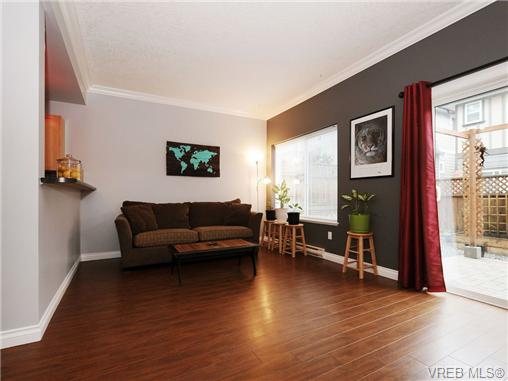 Photo 5: 985 Huckleberry Terrace in VICTORIA: La Happy Valley Single Family Detached for sale (Langford)  : MLS(r) # 349960
