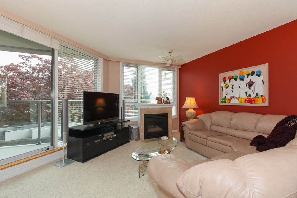 "Photo 2: 216 5860 DOVER Crescent in Richmond: Riverdale RI Condo for sale in ""LIGHTHOUSE PLACE"" : MLS® # R2000701"