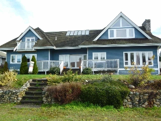 Main Photo: 4736 TAMARACK Place in Sechelt: Sechelt District House for sale (Sunshine Coast)  : MLS® # R2014730