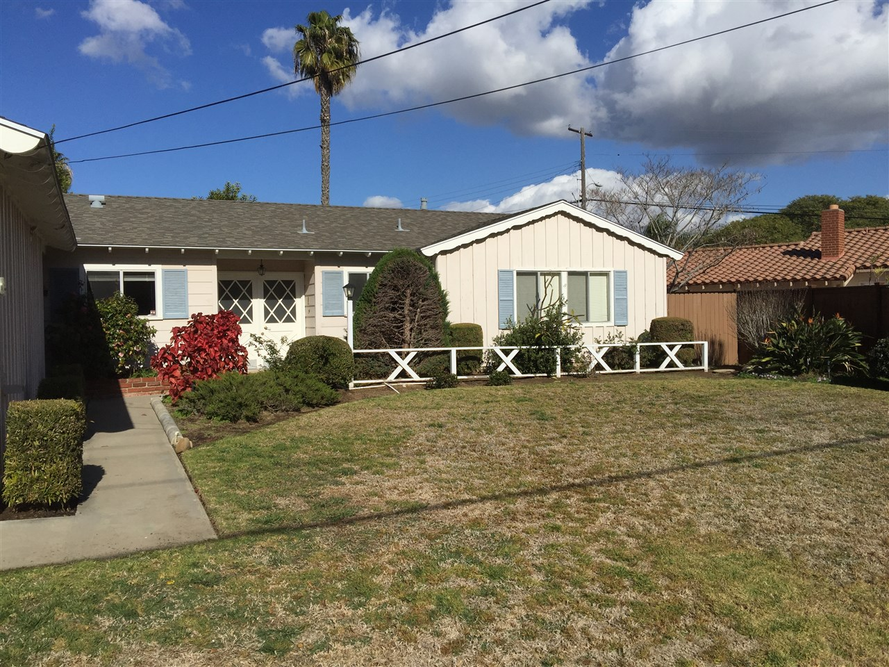 Main Photo: PACIFIC BEACH House for rent : 3 bedrooms : 1730 Los Altos Way in San Diego