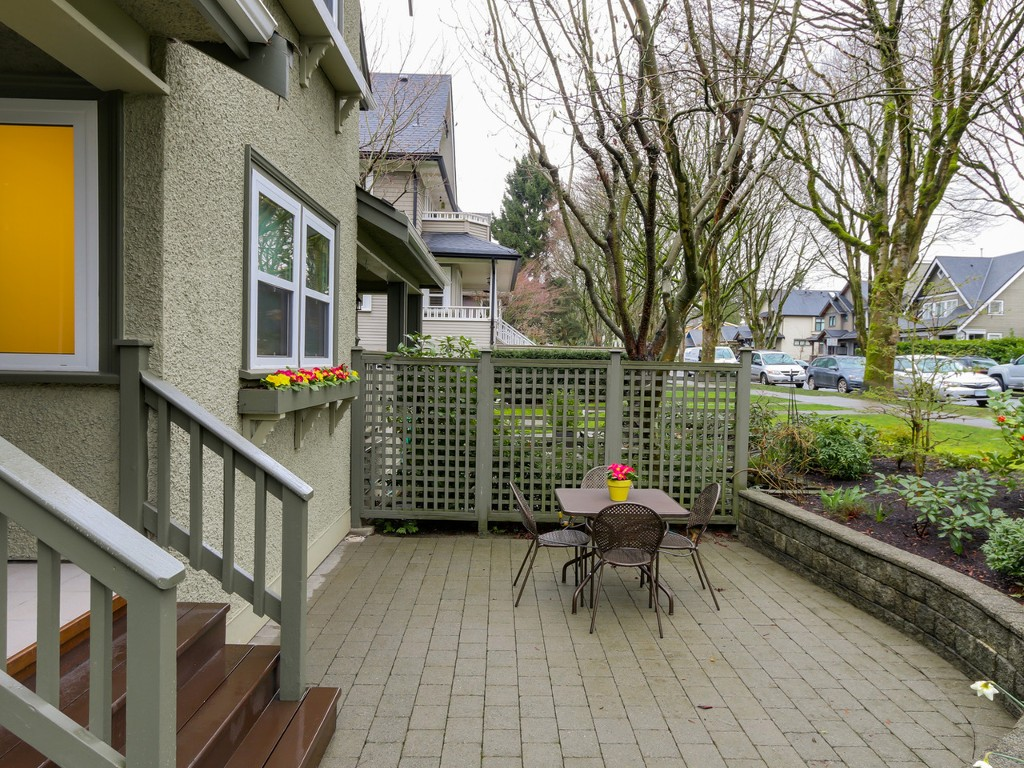 Photo 2: 183 W 13TH Avenue in Vancouver: Mount Pleasant VW Townhouse for sale (Vancouver West)  : MLS® # R2041356