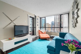 "Main Photo: 1610 909 MAINLAND Street in Vancouver: Yaletown Condo for sale in ""YALETOWN PARK II"" (Vancouver West)  : MLS(r) # R2043770"