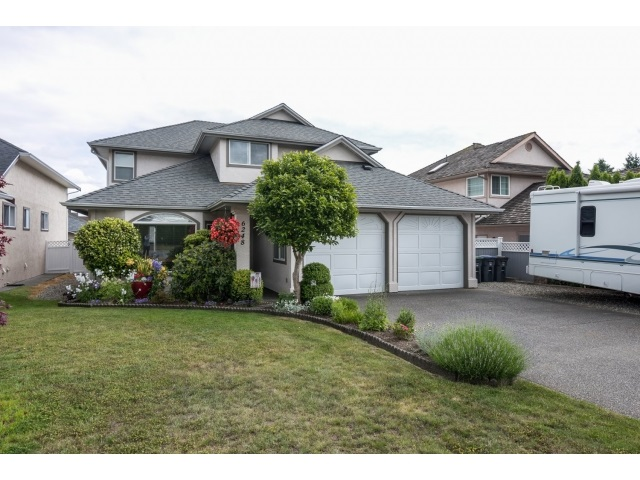 "Main Photo: 6248 190 Street in Surrey: Cloverdale BC House for sale in ""Cloverdale"" (Cloverdale)  : MLS(r) # R2070810"