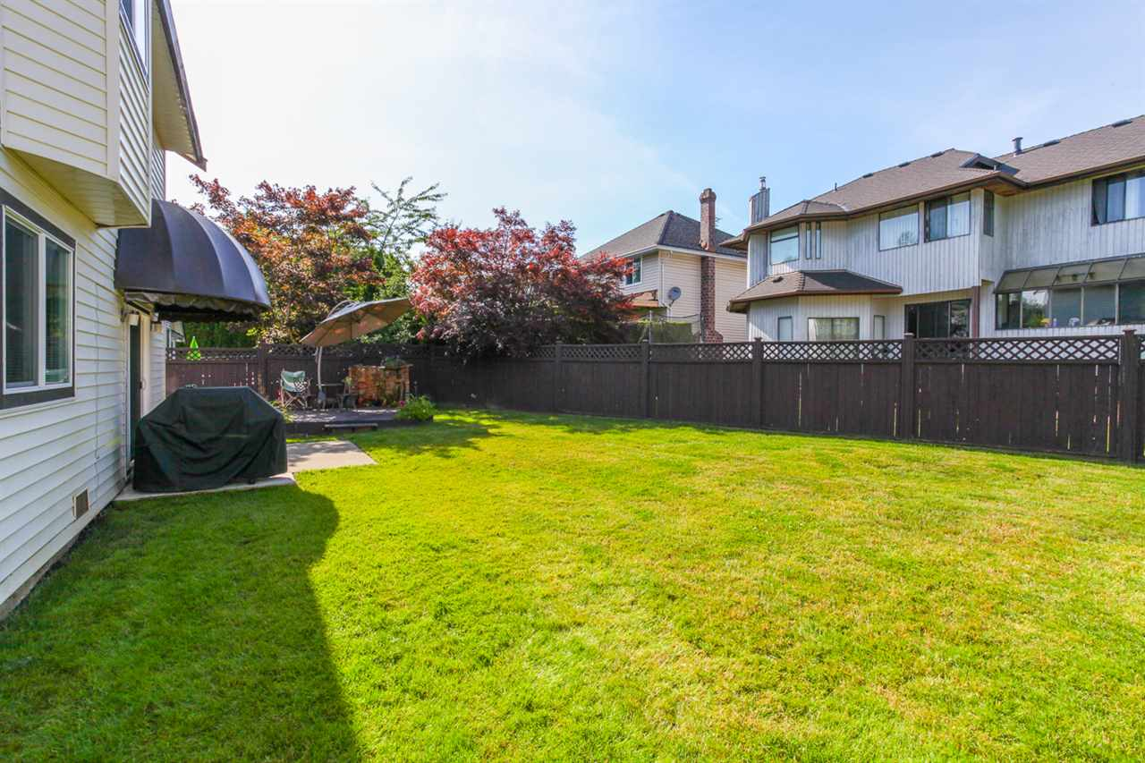 Photo 18: 14621 86A Avenue in Surrey: Bear Creek Green Timbers House for sale : MLS® # R2078555
