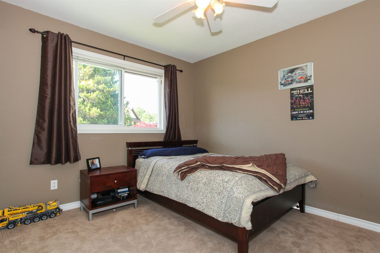 Photo 15: 14621 86A Avenue in Surrey: Bear Creek Green Timbers House for sale : MLS® # R2078555