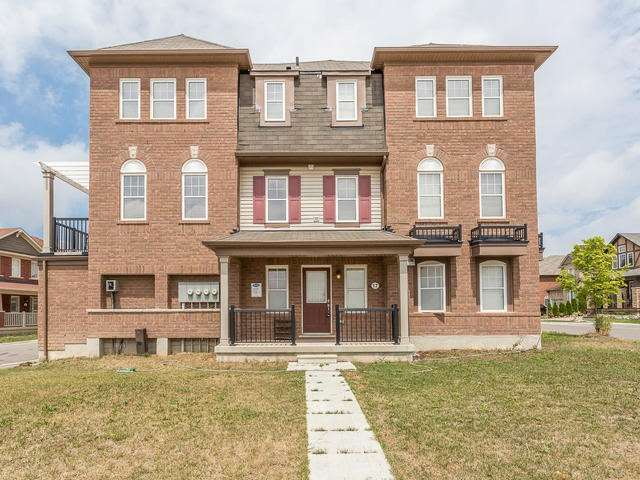 Main Photo: 17 Veterans Drive in Brampton: Northwest Brampton House (3-Storey) for sale : MLS®# W3561647