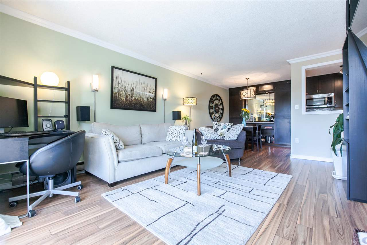 "Main Photo: 317 9847 MANCHESTER Drive in Burnaby: Cariboo Condo for sale in ""BARCLAY WOODS"" (Burnaby North)  : MLS(r) # R2097014"