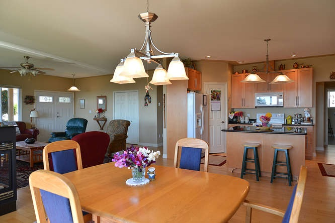 "Photo 11:  in Sechelt: Sechelt District House for sale in ""WEST SECHELT"" (Sunshine Coast)  : MLS(r) # R2135798"