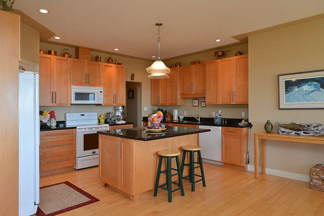 "Photo 10:  in Sechelt: Sechelt District House for sale in ""WEST SECHELT"" (Sunshine Coast)  : MLS(r) # R2135798"