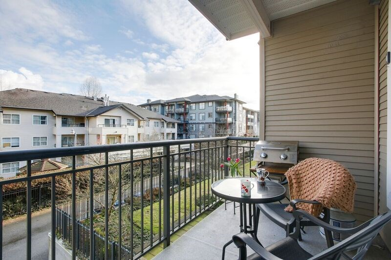 "Photo 17: 214 2353 MARPOLE Avenue in Port Coquitlam: Central Pt Coquitlam Condo for sale in ""EDGEWATER"" : MLS(r) # R2140217"
