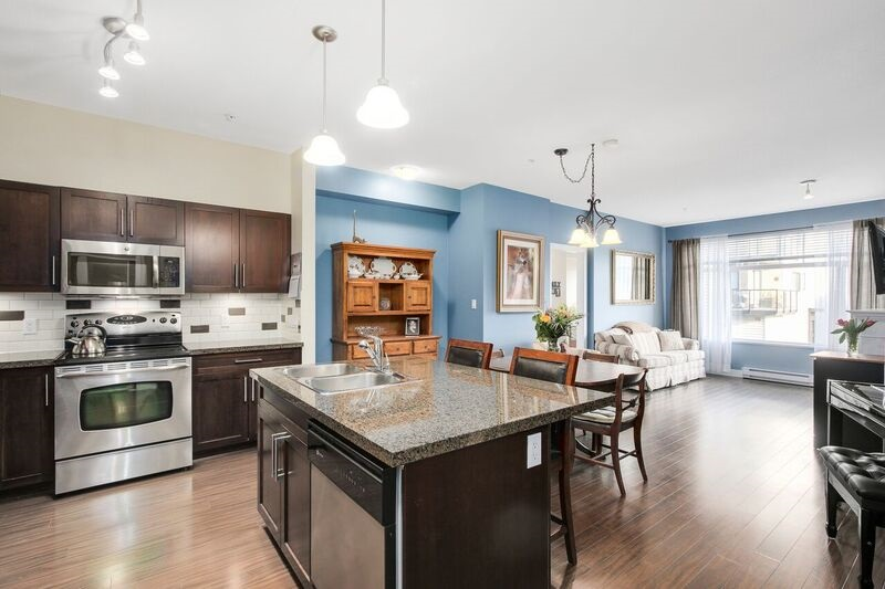 "Photo 11: 214 2353 MARPOLE Avenue in Port Coquitlam: Central Pt Coquitlam Condo for sale in ""EDGEWATER"" : MLS(r) # R2140217"