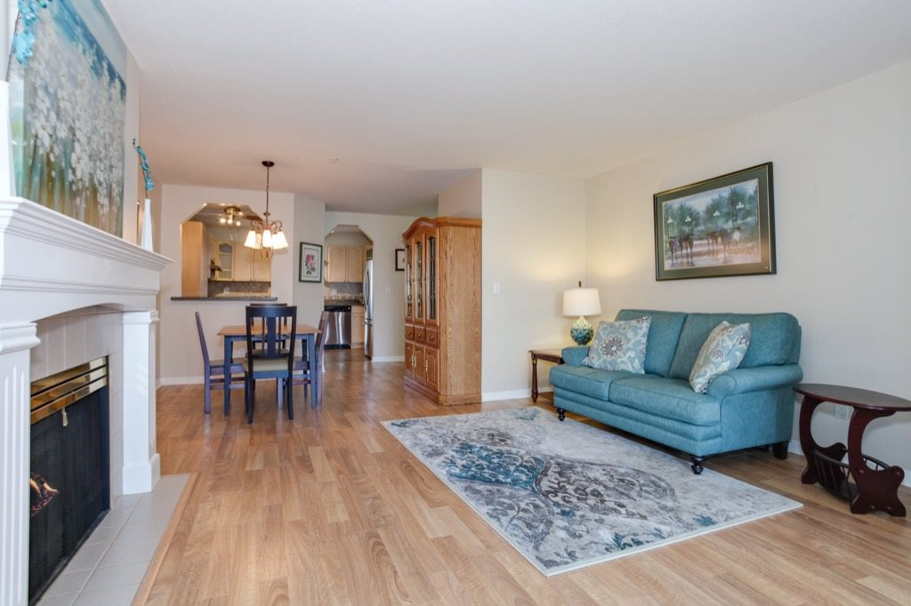 "Photo 4: 305 4955 RIVER Road in Delta: Neilsen Grove Condo for sale in ""SHOREWALK"" (Ladner)  : MLS(r) # R2146794"