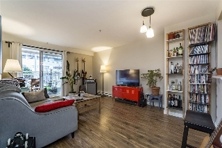 "Main Photo: 105 525 AGNES Street in New Westminster: Downtown NW Condo for sale in ""AGNES TERRACE"" : MLS(r) # R2147962"
