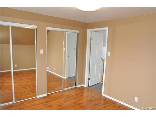 Photo 7: 22 Macdonald Street in Starbuck: RM of MacDonald Residential for sale (R08)  : MLS(r) # 1706931