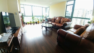"Main Photo: 2004 5833 WILSON Avenue in Burnaby: Central Park BS Condo for sale in ""PARAMOUNT 1"" (Burnaby South)  : MLS(r) # R2164494"