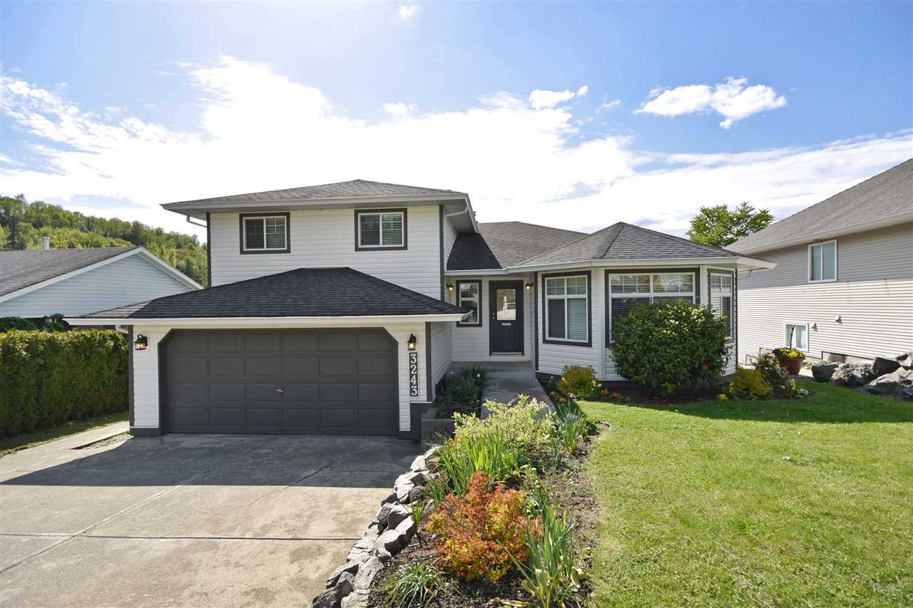 Main Photo: 3243 MCKINLEY Drive in Abbotsford: Abbotsford East House for sale : MLS(r) # R2165060