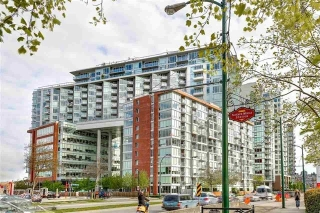 "Main Photo: 1708 1618 QUEBEC Street in Vancouver: Mount Pleasant VE Condo for sale in ""CENTRAL"" (Vancouver East)  : MLS(r) # R2167785"