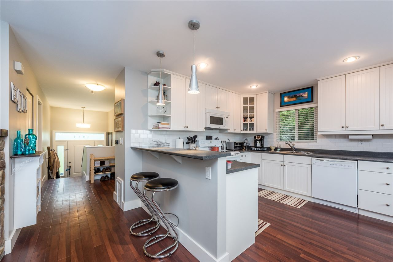 Photo 5: 1014 1016 TUXEDO Drive in Port Moody: College Park PM House Duplex for sale : MLS(r) # R2175326