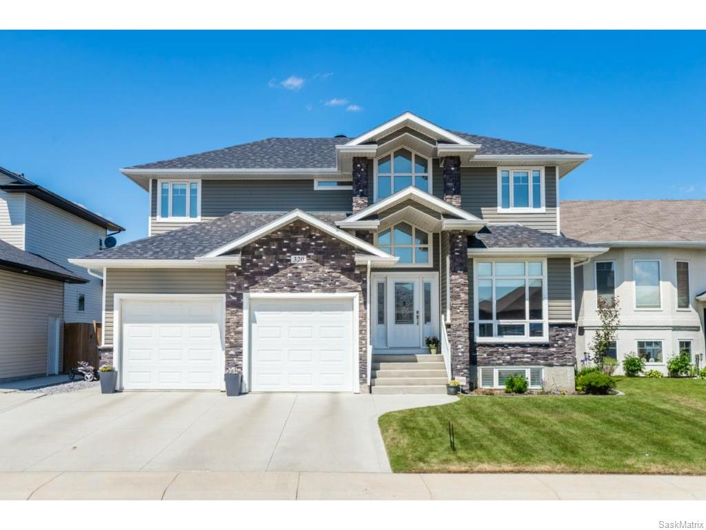 Main Photo: 320 Nicklaus Drive in Warman: Residential for sale : MLS®# SK613174